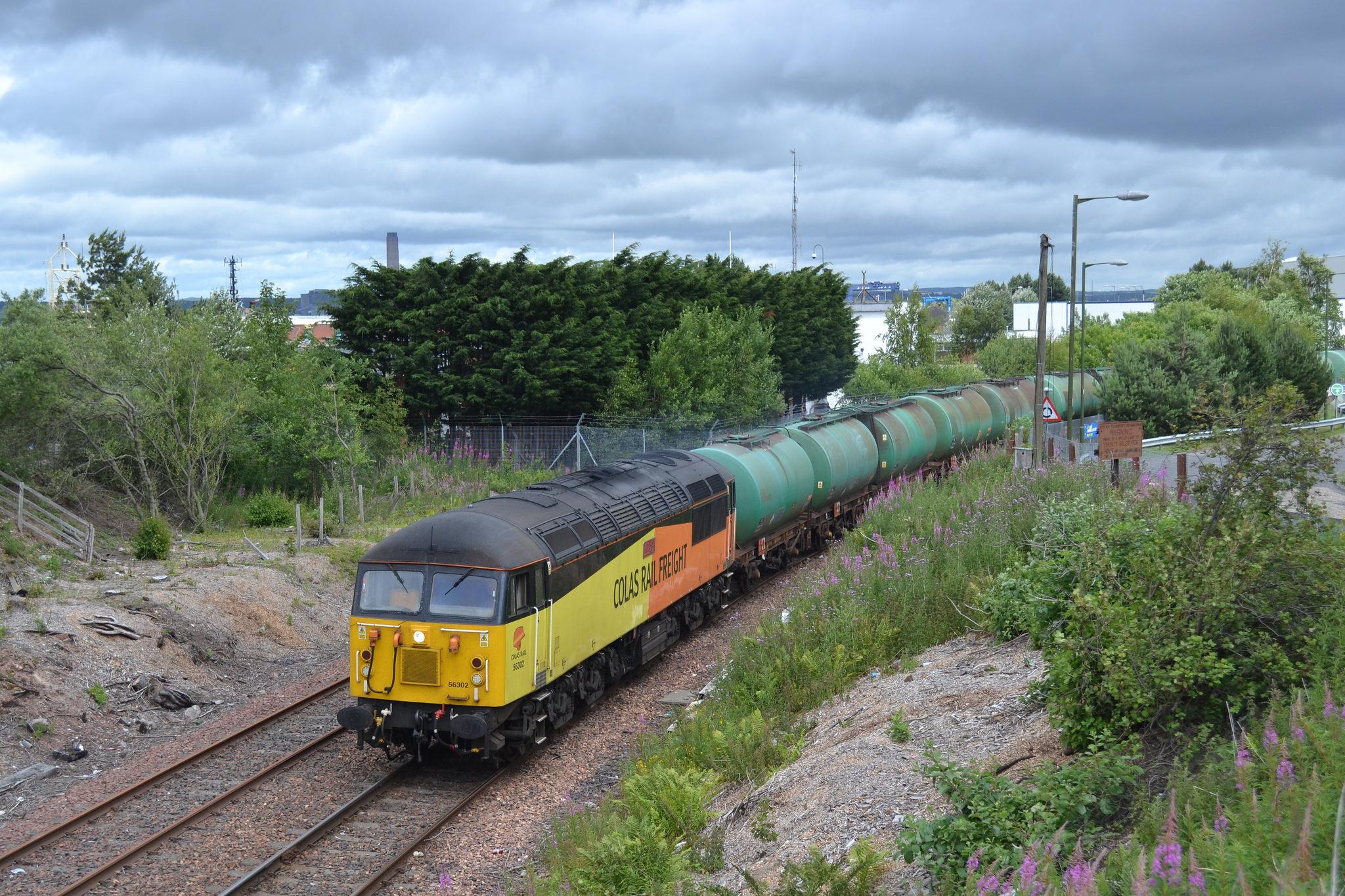 56302 fortwilliam oil train